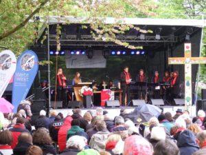 Gottesdienst auf der großen Bühne